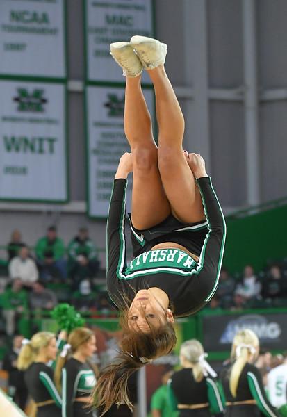 cheerleaders1666.jpg