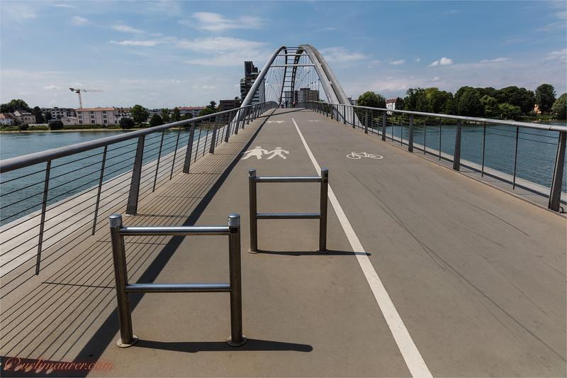 2017-05-31 Dreilaendereck + Rheinhafen Basel --5.jpg