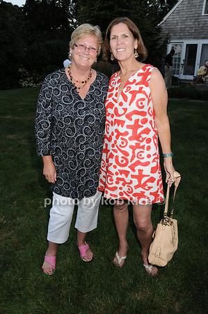 Stephanie Cornish, Maureen Bluedorn photo by Rob Rich © 2010 robwayne1@aol.com 516-676-3939