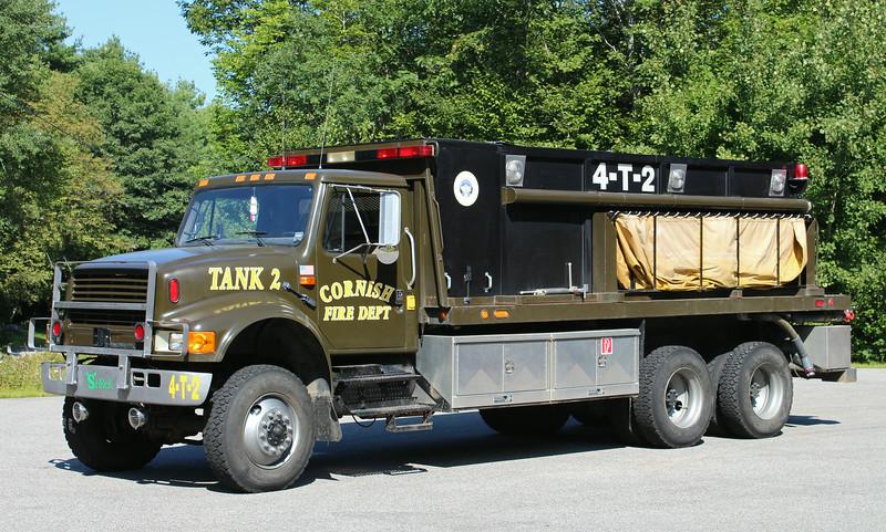 Tanker 2 1993 International / Custom Built 800 / 1800