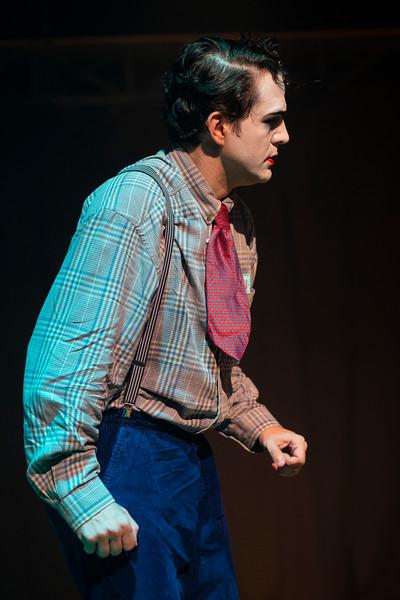 Allan Bravos - essenCIA Teatro - Persona 07-465.jpg