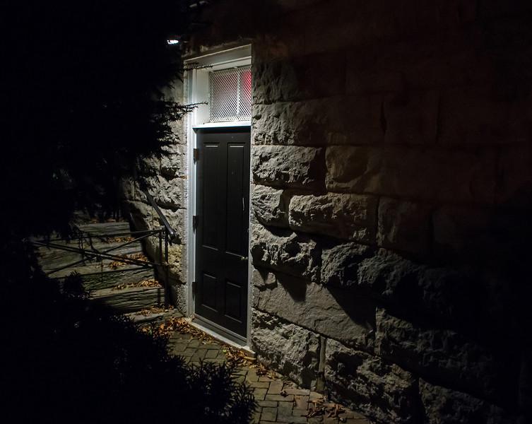 secretdoor.jpg
