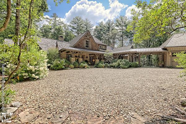 931 Cherokee Trail