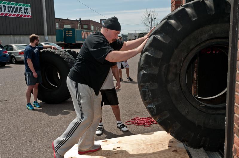 Strongman Saturday 4-14-2012_ERF4236.jpg