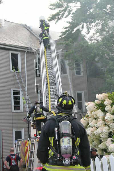 8-21-14, Boston - 4th Alarm 105 Murdock Street 061.JPG