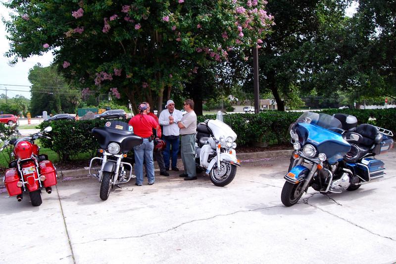 June 15 2003 to Florida National Cemetery (4).JPG