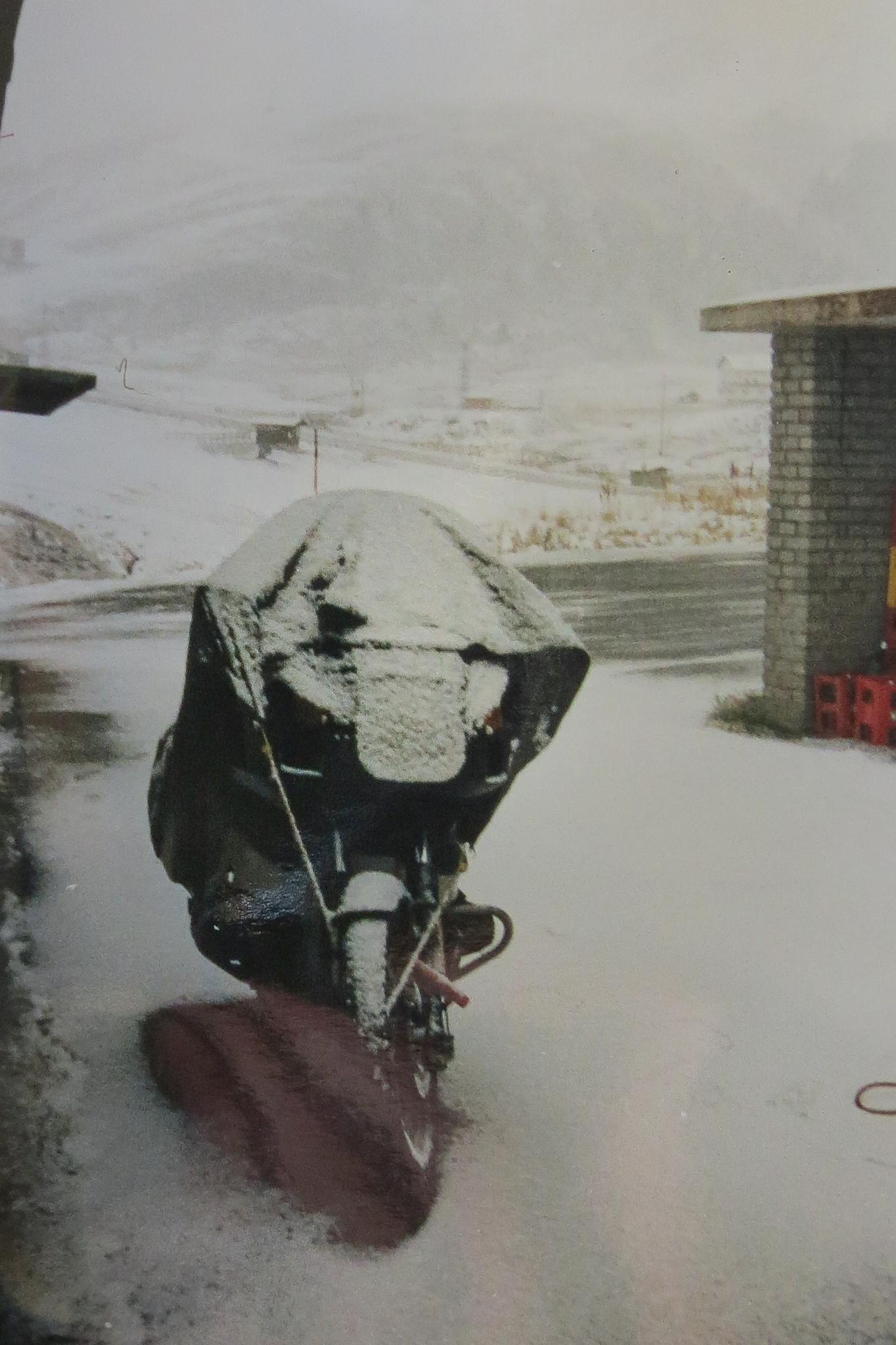 Goedemorgen??? 2000 m hoog en vertrekken in de sneeuw...
