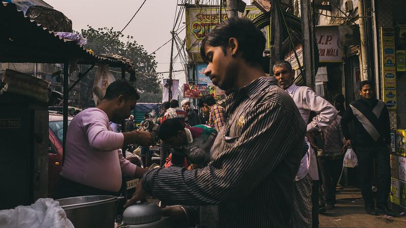 Delhi Bazaar Chai Walla.jpg