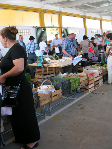 lagos farmers market june 6.2008 012.jpg
