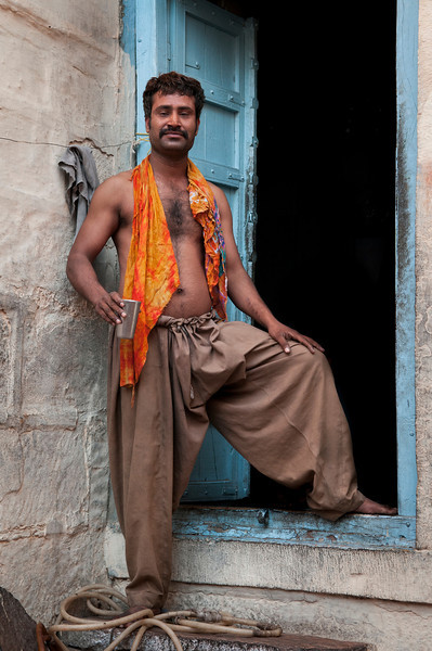 man_by_door_india_rajasthan.jpg