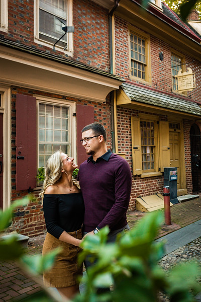 MICHELLE AND NICK - OLD CITY ENGAGEMENT SESSION - 23.jpg