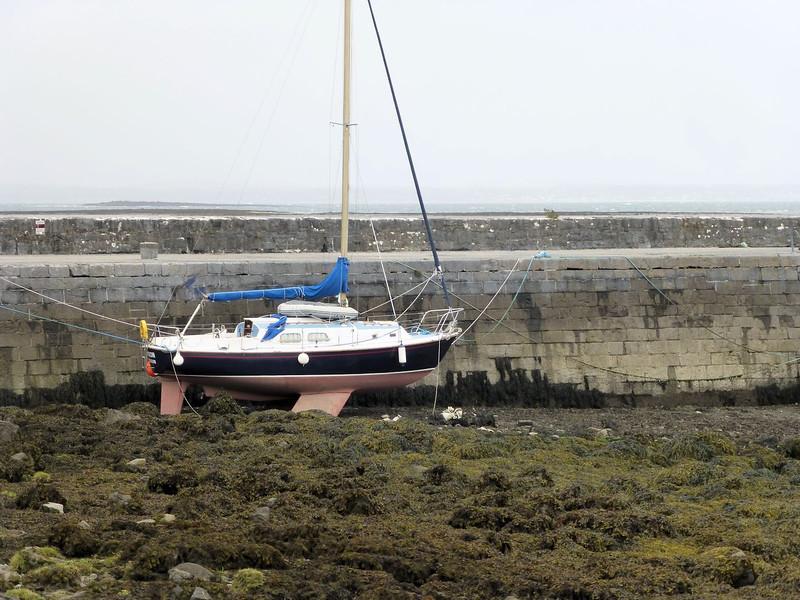 Boat at Ballyvaughan-low tide.jpg