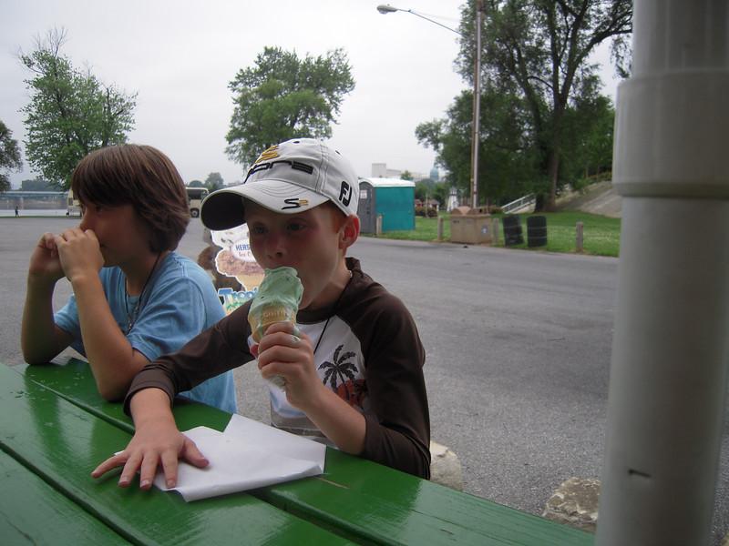 Harrisburg PA, Island Park Ice Cream break.