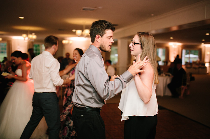 amie_and_adam_edgewood_golf_club_pa_wedding_image-1136.jpg