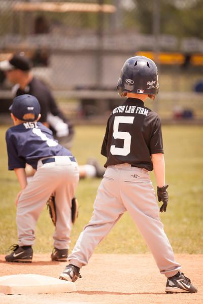 Younger Baseball-37.jpg