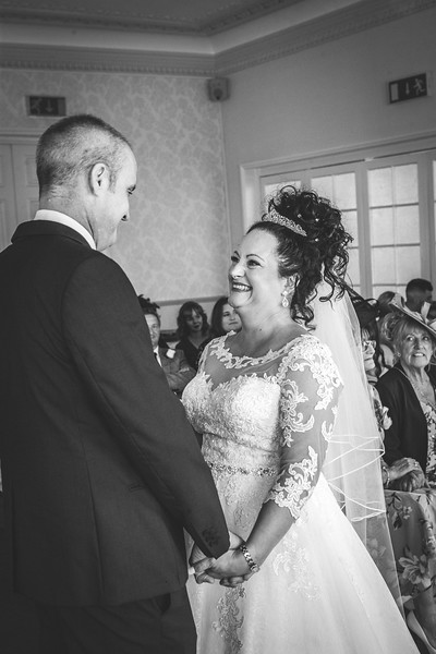 Mr & Mrs Wallington-304.jpg