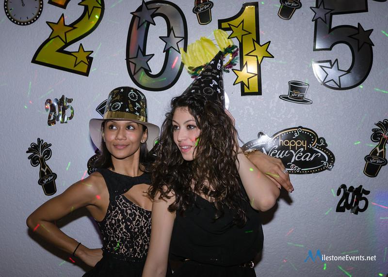 New Years-8995.jpg