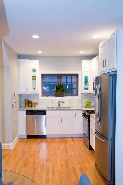 Kitchen #7.jpg