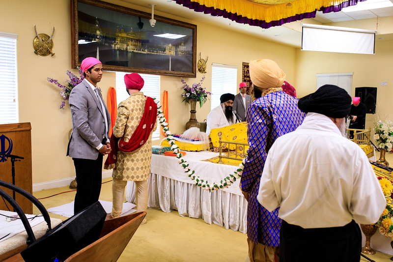 Neelam_and_Matt_Gurdwara_Wedding-1389.jpg