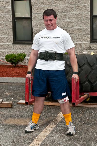Fitness Revolution Strongman Challenge 2011_ERF3835.jpg