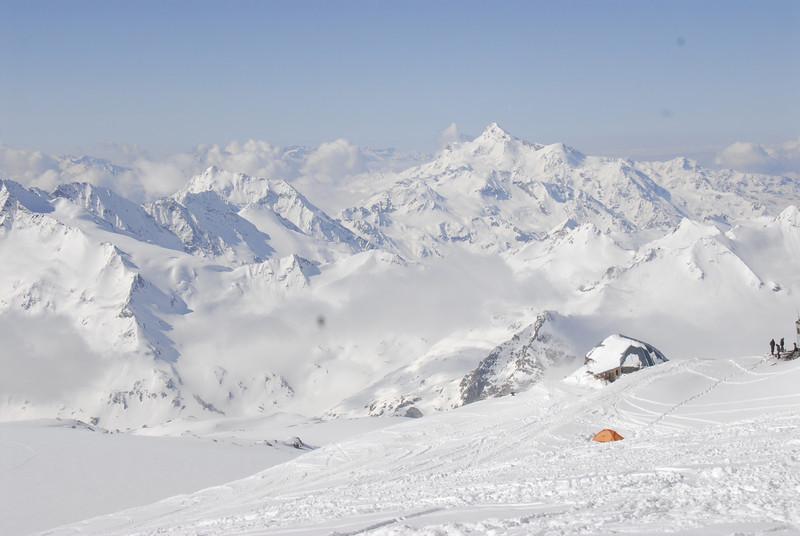 080502 1891 Russia - Mount Elbruce - Day 2 Trip to 15000 feet _E _I ~E ~L.JPG