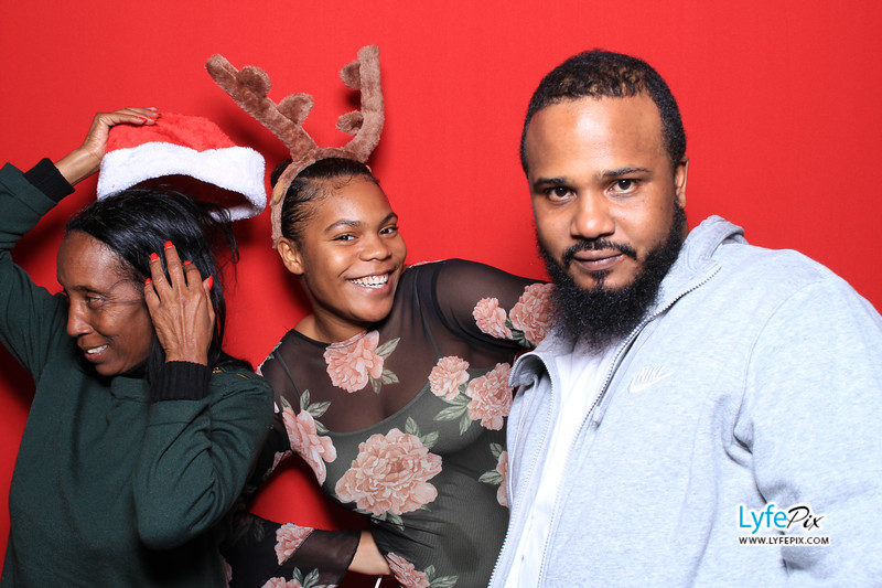 eastern-2018-holiday-party-sterling-virginia-photo-booth-0239.jpg