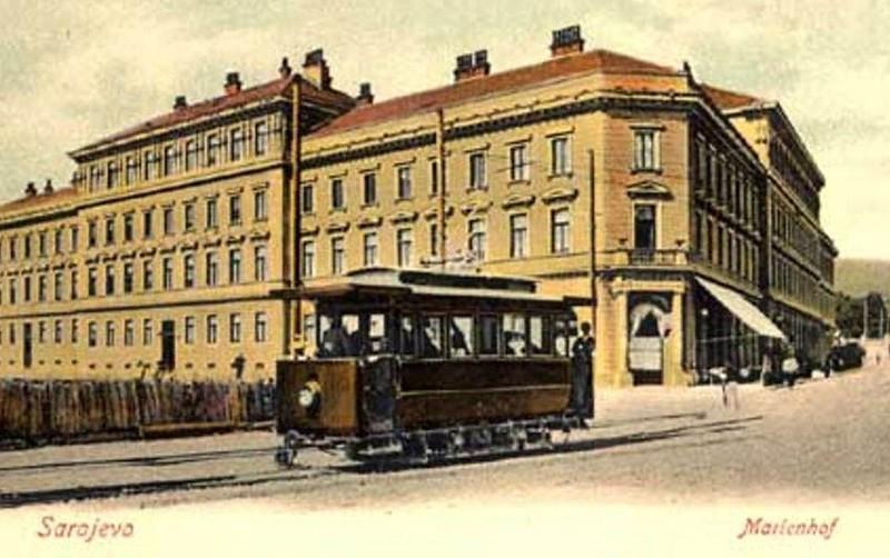 Sarajevski tramvaj2.JPG