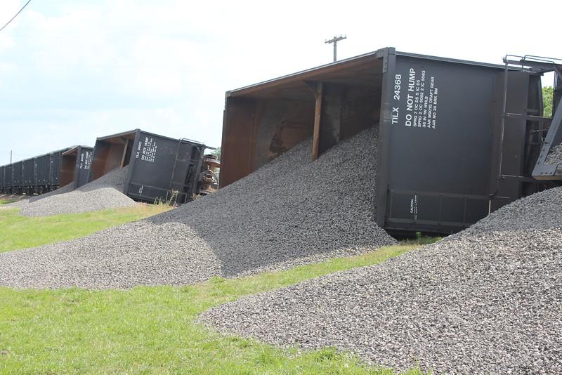 2014 0620 Train derail (2).JPG
