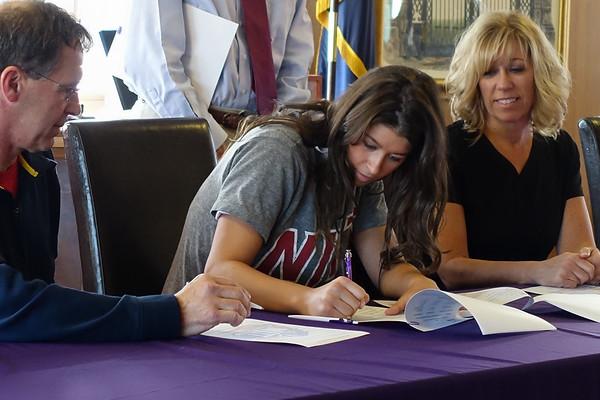 2014 senior college signings
