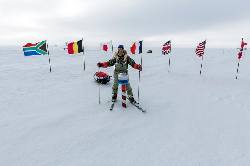 South Pole -1-5-18077931.jpg