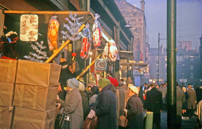 Kent St, the Barras.  Stallholder heaven, wifies queuing up to throw money at you, masses of unopened stock.  December 1963