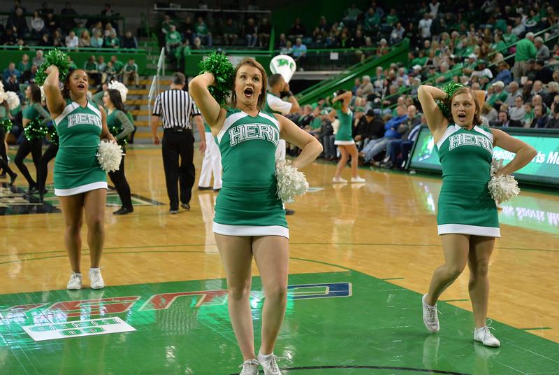 cheerleaders4800.jpg