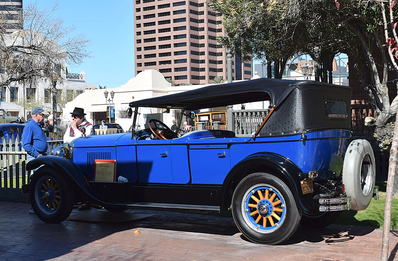 Cadillac 1926 Series 314 rr lf.JPG