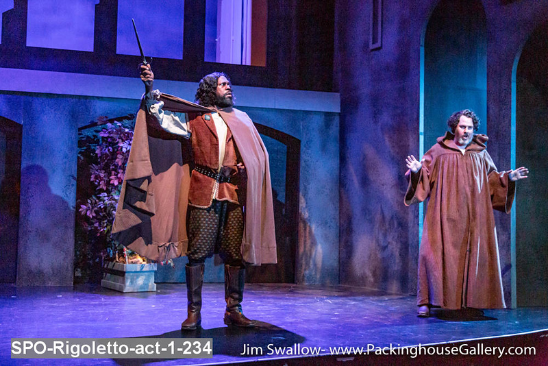 SPO-Rigoletto-act-1-234.jpg