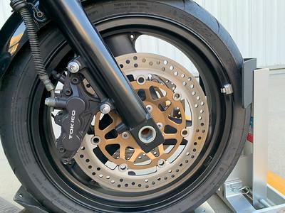 Kawasaki ZRX1200R (B) on IMA