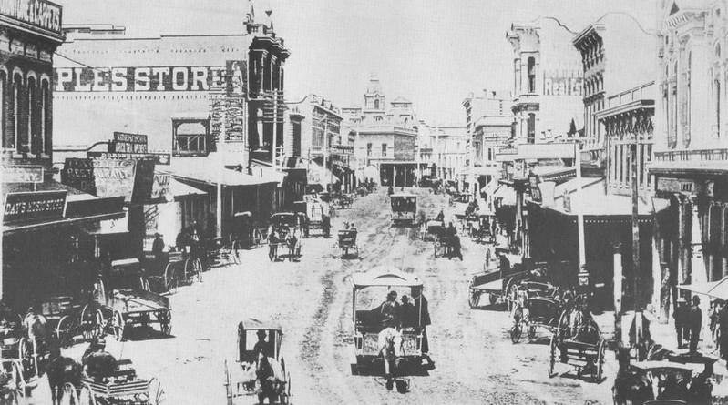 1882-OnTheRailsOfLosAngeles002.jpg