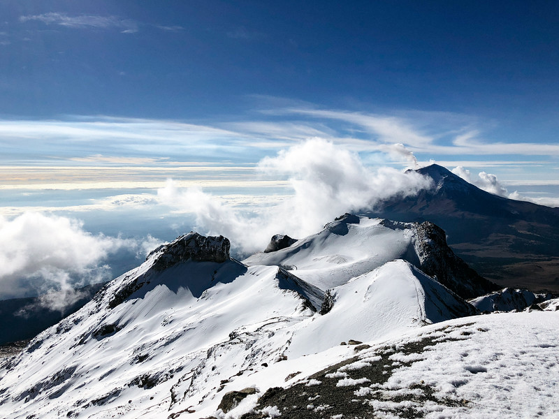 Ixta ridge on the descent
