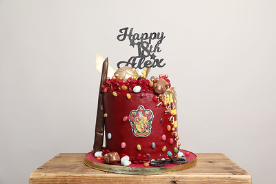 Lisa Broughton Harry Potter Cake