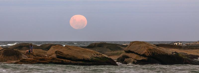 Salida de la luna llena