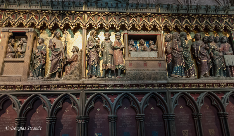 Carved figures in Notre Dame