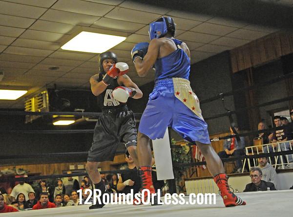 Noah Hall (Ann Arbor) vs Travone Mathis (Toledo)  Novice Division  Bout # 9