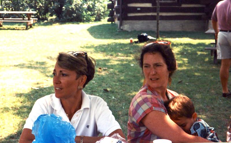 Donna Derr Naybor, Pat Perkins