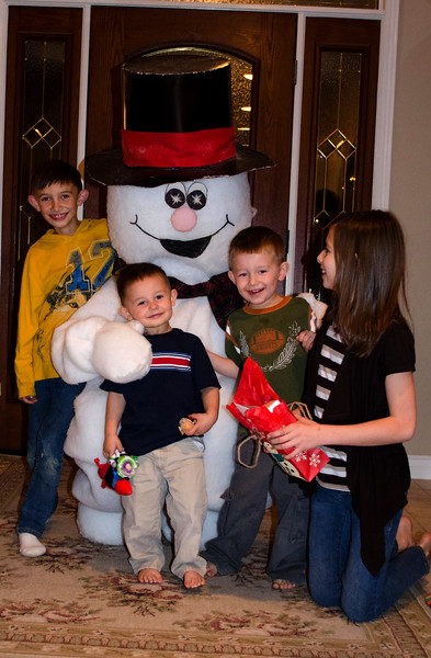 Friends and Frosty-1.jpg