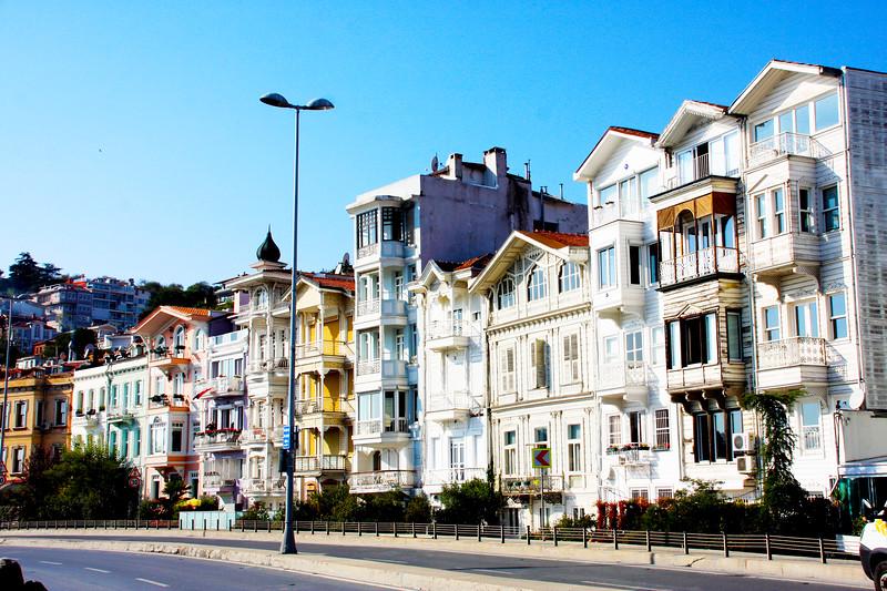 Istanbul Yalilari