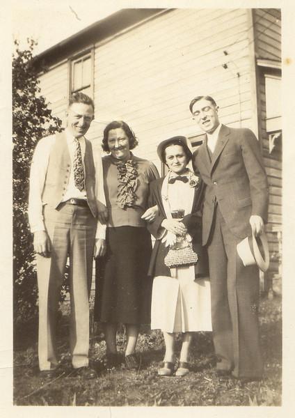Grandpa & Grandma Gibson Aunt Felicia & Uncle Jim.jpg