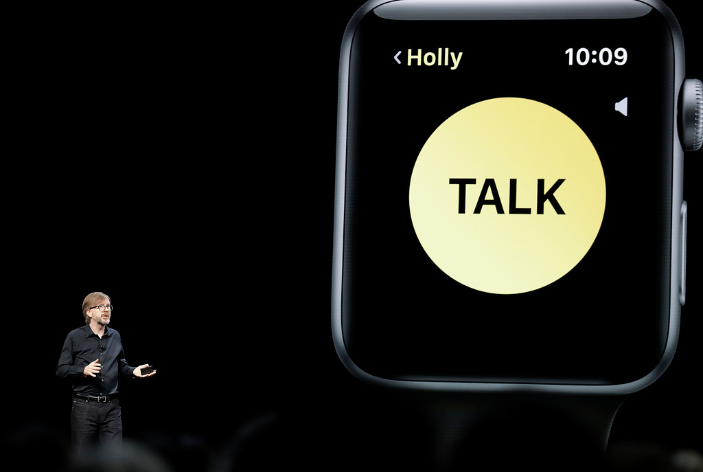 . Kevin Lynch, Apple\'s vice president of technology, speaks during an announcement of new products at the Apple Worldwide Developers Conference Monday, June 4, 2018, in San Jose, Calif. (AP Photo/Marcio Jose Sanchez)