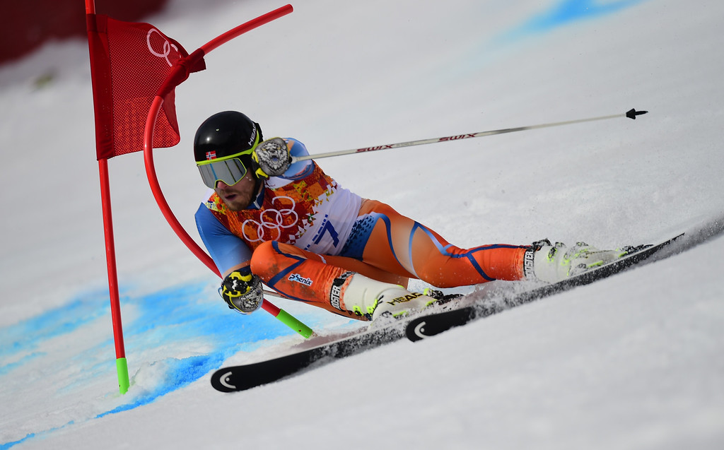 . Norway\'s Kjetil Jansrud competes during the Men\'s Alpine Skiing Giant Slalom Run 1 at the Rosa Khutor Alpine Center during the Sochi Winter Olympics on February 19, 2014.   AFP PHOTO / FABRICE COFFRINI  /AFP/Getty Images