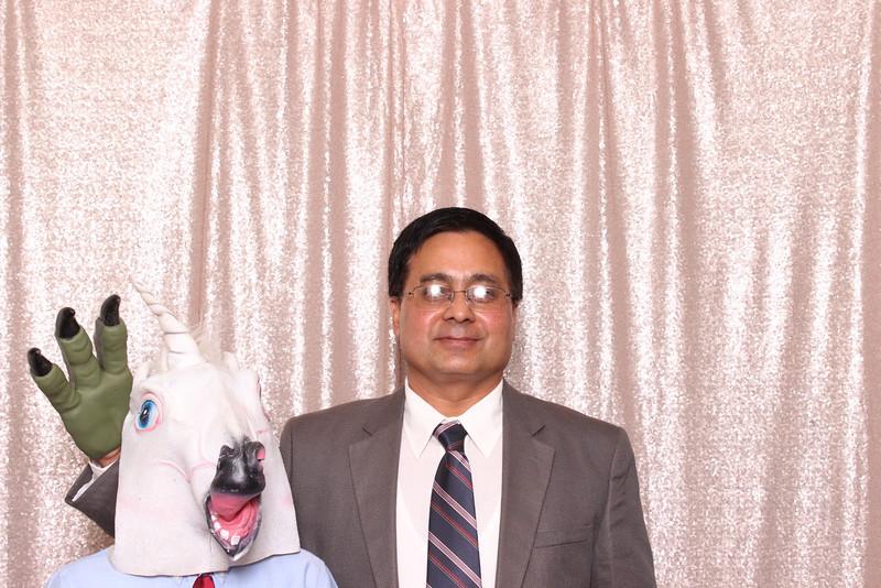 Boothie-PhotoboothRental-PriyaAbe-O-141.jpg