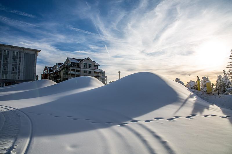 Snowmaking 1920-3388.jpg