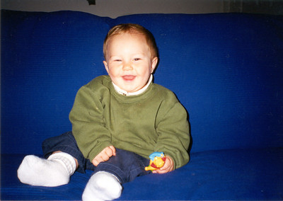 Zach -- 8 months -- May 2002